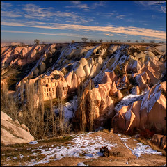 (1465) Cappadocia (QuimG) Tags: paisajes turkey geotagged golden landscapes olympus cappadocia paisatges specialtouch quimg quimgranell joaquimgranell afcastell obresdart