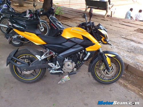 Pulsar-200-NS-Ownership-3