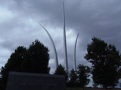 Air Force Memorial (Limmel) Tags: street trees cemetery arlington james virginia memorial force cloudy fort spires steel air south united olympus columbia architect national american joyce cobb states thunderbirds pike usaf ingo pei pentagon robinson stainless myer partners freed maneuver limmel bombburst sp810uz