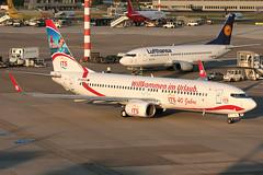 D-AXLD XL Airways Germany 737-8FH Dusseldorf 27/06/2010 (Tu154Dave) Tags: its im urlaub dusseldorf xl 737 willkommen 7378fh xlairways daxld