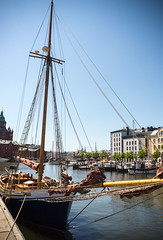 INGRID (Jori Samonen) Tags: sail boat ingrid buildings blue sky halkolaituri kruununhaka helsinki finland water boats