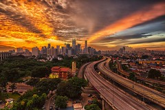 Kuala Lumpur, #Malaysia | Photography by Jacobs LB (manbeachrm) Tags:  clouds sunsets  blue naturelovers sunrise orange sunsetstream sunsetporn sundown skylovers pordosol cloud skylinen natureperfection naturelover landscapelovers landscapes natur landscapecaptures horizon puestadesol silhouette instasky piclogy trbsunsetsfx