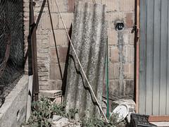 Qualsiasit 09 (Giulio Gigante) Tags: colori colors qualsiasit eccoqua ortona abruzzo italia italy campagna country giulio giuliogigante giuliogigantecom paesaggio documentario document documentary landscape storia history allaperto materialismo amianto asbestos racconto novel
