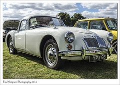1958 MG A (Paul Simpson Photography) Tags: mga mgmga carshow classiccarshows september2016 sonya77 imageof imagesofcars imagesof photoof photosfrom photosof british paulsimpsonphotography lincolnshirecarshows whitecar 1958 1950s stylish mgmotors morrisgroupmotors rand photosofcars britishcars motorcar