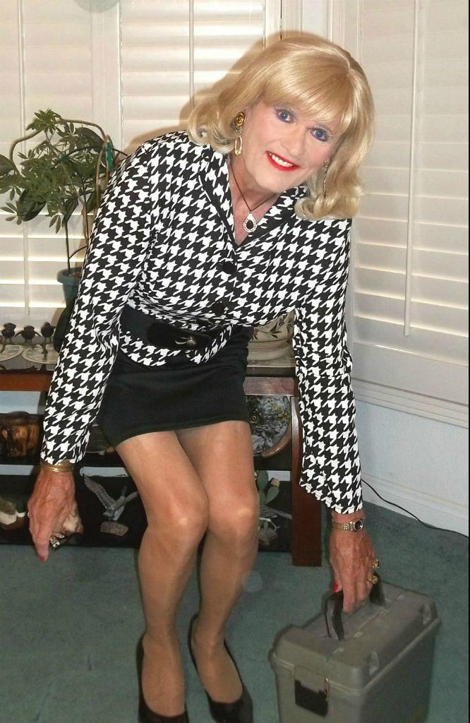 The Worlds Best Photos Of Crossdresser And Shortskirt - Flickr Hive Mind-2338