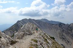 dorsale meridionale del Baldo (Tabboz) Tags: montagna garda sentiero vetta cima trekking escursione panorama rifugio salita mugaia valle mugo lago roccia cielo nuvole