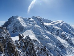 Mont-Blanc (Manon Ridet) Tags: montblanc france montagne nature alpinisme neige sommet ciel glacier rhônealpes alpes hautesavoie chamonix aiguilledumidi