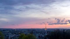 Paris (Yann OG) Tags: paris parisian parisien france french franais paris20 parcdebelleville belleville toureiffel eiffeltower sunset coucherdesoleil dusk crpuscule 169 50mm 75020