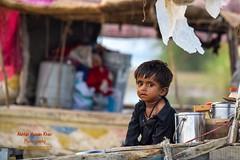 Little Mohana (Sindhi tribe) (Cute Pakistan) Tags: fisherman littlemohana sindhi child baby cutebaby littlechild poorchild nomad wwf usaid boathouse 03007480117 akhtarhassankhan