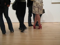 Untitled (Groucho5) Tags: crossed legs sexy museum red shoes