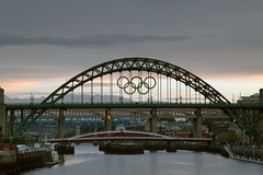 Tyne Bridge with Olympic Rings - Original (peter.guyan) Tags: bridge sunset colour canon river newcastle high metro bridges tyne rings level lee olympic olympics filters polarizer grad swingbridge upon 105mm heigh 24105mm leefilters 06nd 5dmkii