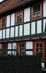 (:Linda:) Tags: germany pub village thuringia woodenfence halftimbered basketry fachwerk timberframing thuringa russianpub gleicherwiesen