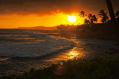 Poipu Sunset [Explored July 13, 2012] (Spodeworld) Tags: hawaii nikon kauai poipu tamron tamron1750f28 voyagetravellingreise nikond7000 photivo delaboratory