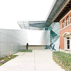 Akron Art Museum no. 17 (samuel ludwig) Tags: ohio architecture nikon lexington d200 tamron coophimmelblau akronartmuseum 1750mmf28