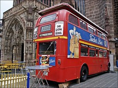 London ? (Steffi-Helene) Tags: city bus nuremberg bier frauenkirche mycity breweries brauereien
