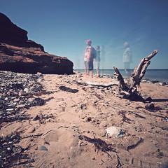 (helle-belle) Tags: longexposure summer people beach sunshine strand fur denmark movement sand sommer wideangle tourists danmark 2012 limfjorden mennesker theislandfur langeksponering nd1000filter theredstone canoneos5dmrkii rdstenen
