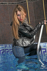 #152.2 (Wetlook with WetFoto.com) Tags: woman sexy wet water pool girl beautiful scarf swimming fun photo belt model wasser adult boots free tshirt clothes jeans soak jacket gloves getwet tight splash baden dripping mdchen nass wetlook fullyclothed wetfoto