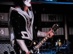 IMG_1372 (huntchase23) Tags: kiss demon spaceman genesimmons catman starchild paulstanley thewoodlands ericsinger thetour tommythayer