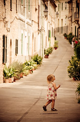 Street Life (The Green Album) Tags: life street flowers houses woman plants playing girl can mallorca majorca watering alcudia