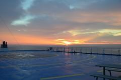 Piksetus Lnemerel (anuwintschalek) Tags: sea summer ferry sunrise see meer ship sommer reis august baltic journey sonnenaufgang ostsee meri fhre itmeri 2012 reise suvi laev praam 18200vr piksetus lnemeri d7k nikond7000 helsinkirostock