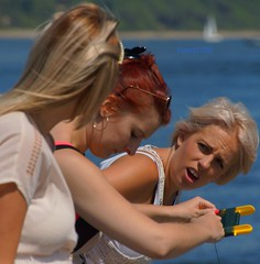 It'sMyTurnWithTheLine (Hodd1350) Tags: christchurch sunglasses women blondes dorset mudeford fishingline sonya77