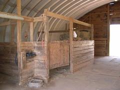 metal-horse-barn
