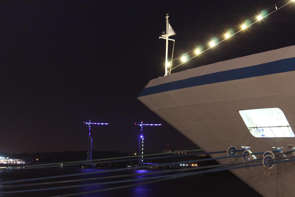 Azamara Journey by night - Bordeaux - 12 aout 2012