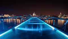 ghostly Millennium Bridge (long time exposure) (Vivien J-Dora) Tags: london millenniumbridge stpaulscathedral langzeitbelichtung longtimeexposure club16 arethesebuildings greaterphotographers greatestphotographers
