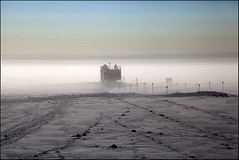 Low Lying Fog (Ed.Stockard) Tags: snow ice fog glacier arctic greenland summit summitstation icesheet
