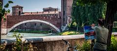 Ponte Scaligero - Verona (Carolina Hahn) Tags: italien italy painting artist menschen verona knstler maler pontescaligero gemlde