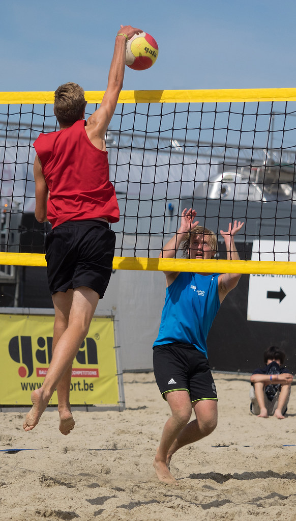 beach volleyball research paper The history of volleyball the game of volleyball your source for research papers the first beach volleyball association appeared in california.