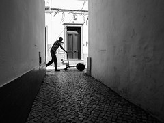 No title (Vitor Pina) Tags: streetphotography street streets scenes moments monochrome momentos men man contrast candid contrat city cidade urban urbano rua photography pretoebranco people shadows