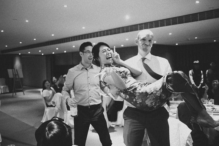 婚禮攝影-新娘抱