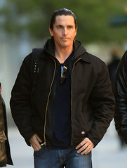 SPL332388_002 (knightfallzay) Tags: christianbale onset acting incostume atwork filming shootingscene onmovieset onfilmset movieshoot filmshoot moviebusiness performance hairslickedback blackdickiesjacket thedarkknightrises newyork usa us