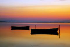 L'alba (vincenzodalessio) Tags: alba barche lesina puglia colotr riflessi reflaction