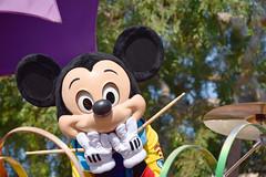 Mickey's Soundsational Parade in Disneyland (GMLSKIS) Tags: disney california amusementpark anaheim disneyland mickeyssoundsationalparade mickeymouse