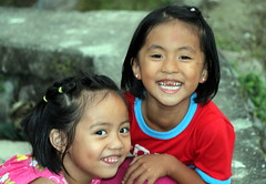 Two Cute Girls (Alan1954) Tags: luzon two asia philippines banaue holiday 2015 girls portrait