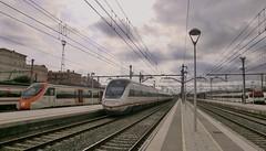 Atardecer en Sant Vicen.... (enric436) Tags: renfe regionales ld rodalies cercanias 121 civia465 447 svc valenciabarcelona