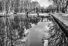 Unterwegs in De Peel (NL) (Babaou) Tags: bw cycling nederland bridges kanal peel limburg niederlande noordbrabant brcken deurne griendtsveen natuurreservaat helenaveen mariapeel horstaandemaas