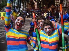 Colorida celebración (www.villadeleyvafestiva.com) Tags: bogotá desfile cumpleaños comparsa carrera7 cumpleaños474debogotá