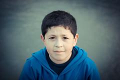 mirame (Bernardo Guzman Roa) Tags: retrato mirada nio 2012 t2i
