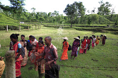"""Tea Garden Workers (HamimCHOWDHURY  [Read my profile before you fol) Tags: life pink blue red portrait white black green nature yellow canon eos colorful purple faces mark sony gray magenta violet surreal ash dhaka dslr vaio rgb bangladesh ii"""" bangladesh"""" bengal"""" """"frame """"incredible gettyimagesbangladeshq2012 01611595036 60d""""7d""""""""5d"""
