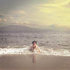 Chaotic as the waves (Rubn Chase) Tags: sea portrait beach look vintage square mar environmental playa battle portraiture squareformat chase format rubn carb freeflyer09 instagram phlearn phlearnbattle