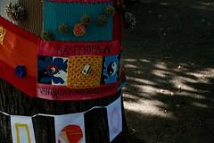 Knit'n'Tag 2012 valmiit teokset (Supafly Helsinki street art office) Tags: color art graffiti helsinki colorful spray knitted hel street art ruttopuisto katutaide supafly kaupunkitaide neulegraffiti