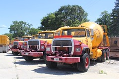 HJ Mohr Ready Mix (90) (RyanP77) Tags: mohr ready mix concretetruck cement truck hj international hendrickson sterling freightliner rex mixer concrete oak park illinois ford louisville