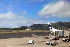 LIH (1600 Squirrels) Tags: 1600squirrels photo 5dii lenstagged canon24105f4 throughglass alaskaairlines airliner lih airport lihue eastside kauai kauaicounty hawaii usa