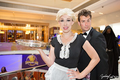 20160904-120217-5D3_9647 (zjernst) Tags: 2016 atlanta bowtie con convention cosplay costume doctorwho dragoncon maid platter scifi spacetitanic thedoctor voyageofthedamned waitress