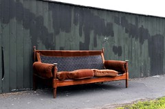 how now brown couch (stephen trinder) Tags: stephentrinder stephentrinderphotography christchurchnewzealand christchurch nz newzealand aotearoa landscape kiwi couch settee sofa unwanted broken discarded junk rubbish street furniture seat seating wood wooden velour brown fence repainted