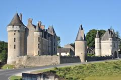Château de Montpoupon - Indre-et-Loire (Philippe_28) Tags: france castle nikon mf 28 37 nikkor château renaissance ai 135mm indreetloire explored montpoupon cérélaronde