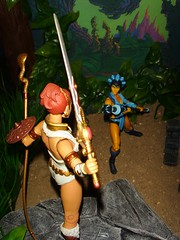 0.3 Teela turnes around (custombase) Tags: classics figures mastersoftheuniverse teela evillyn